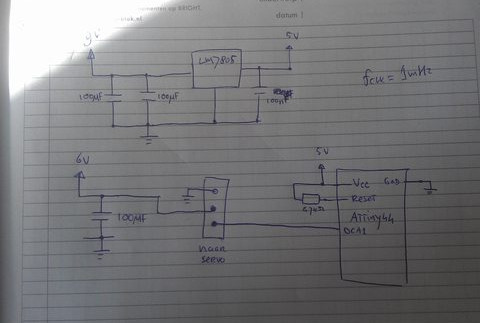 Circuit with an AVR ATTiny44 to control a servo